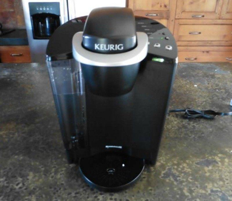 Keurig K40 Elite Kaffeemaschine Vorderansicht Kaffeemaschine
