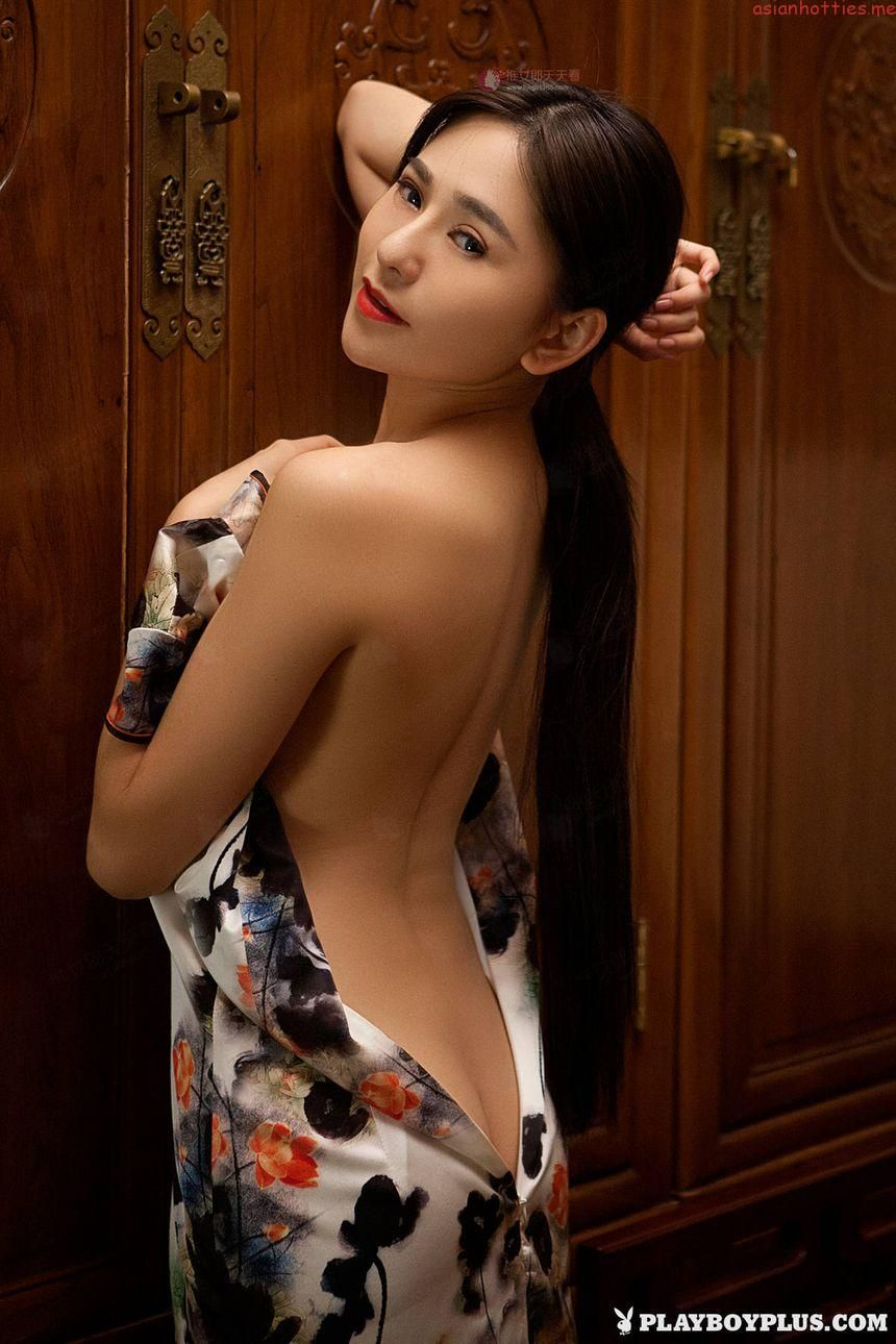 Vivian Wu Nude Amazing wu muxi playboy chinese models nude full hd photo   线条美