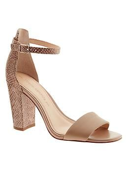 3c50cad1aac8 These are seriously comfortable. I even walked to work in them! Leandra  Sandal