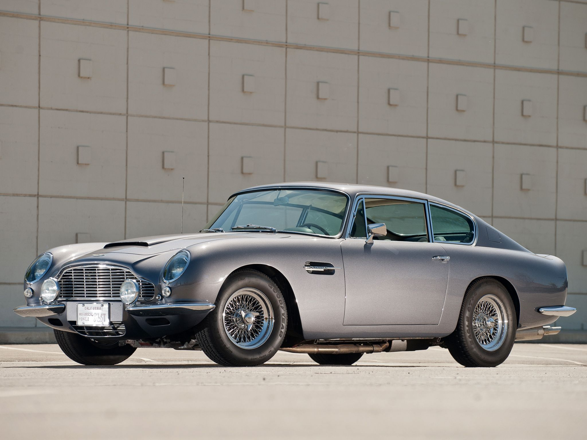 1965-70 aston martin db6 vantage. want one. | big | pinterest
