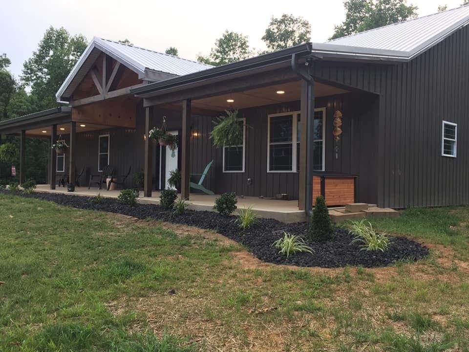 40x60 Tennessee Barndominium Deciding Your Best Paint Colors Barn Style House Barn House Plans Pole Barn House Plans