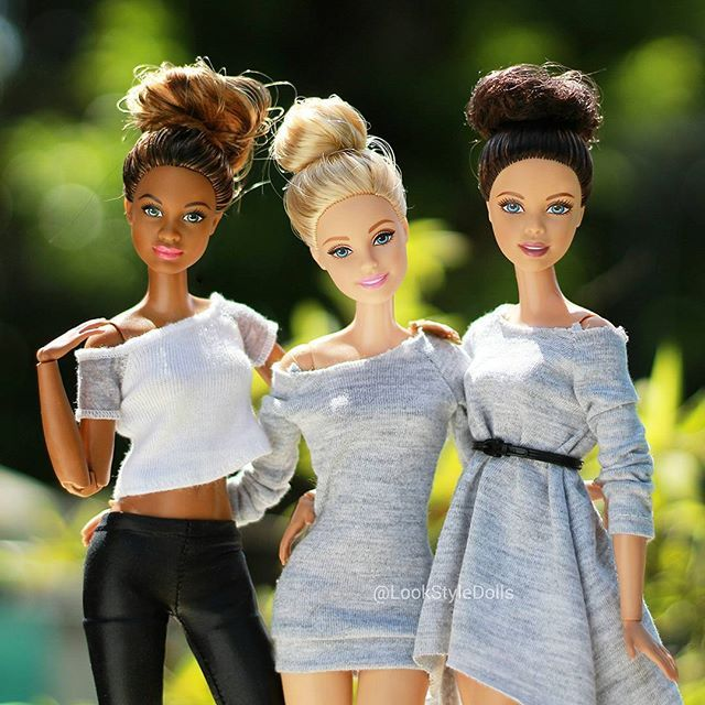 We created a piece where we were dolls that came to life when our owner left. We all had contrasting personalities and wondered about a  wider reality to the one we know. We encorperated both frantic assembly and complicité. #barbie
