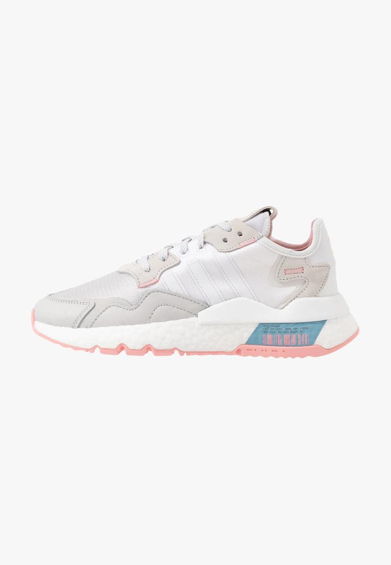 Nite Jogger Sneaker Low Footwear White Glow Pink Grey One Zalando De In 2020 Sneaker Adidas Originals Jogger
