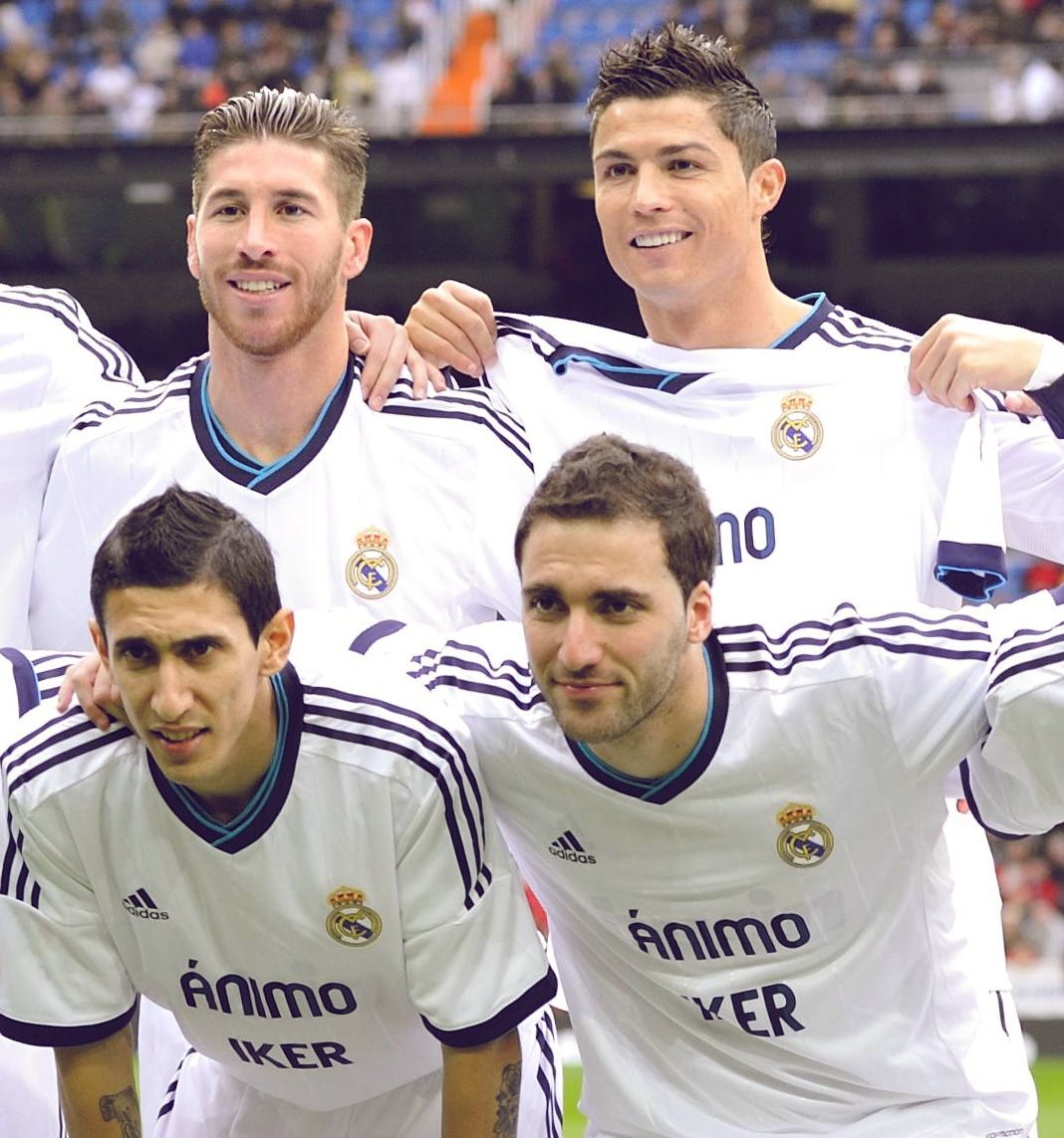 Real Madrid Players Wore Animo Iker Shirts On The Pitch Before The Game Against Getafe In Support Of Their Captain Who Is Out On A Hand Injury Fo Calcio Marito