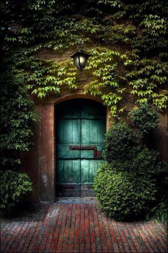 Door to a secret place & Name: 03.jpg Views: 3247 Size: 64.5 KB | Door \u0026 Gate | Pinterest