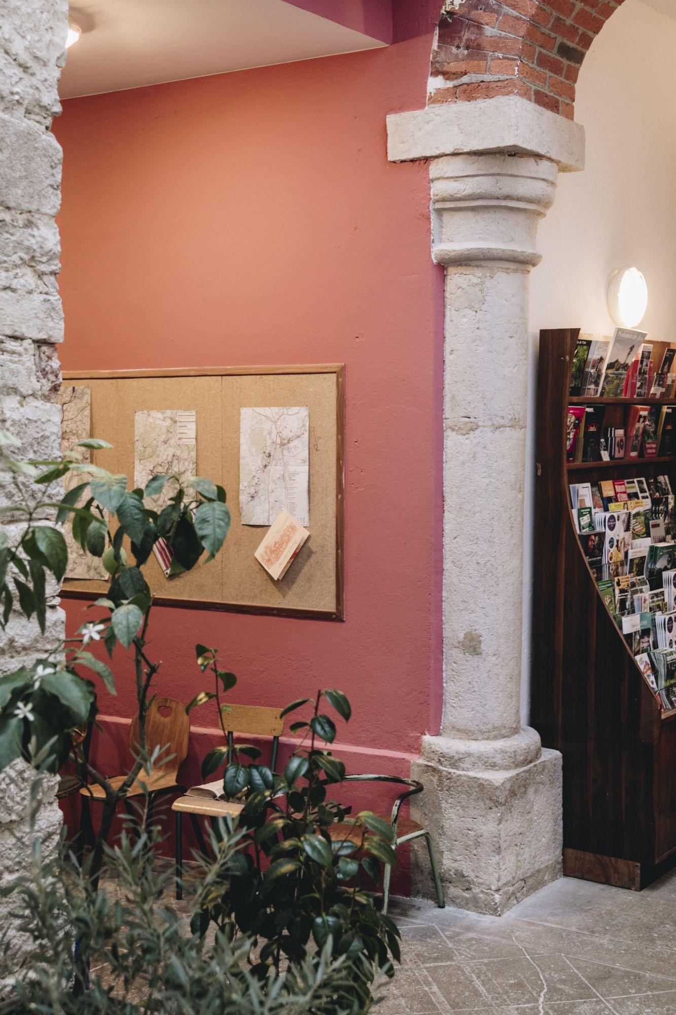 La Maison D Ambronay Rhone Alpes Ain En 2020 Gite Chambre D Hote Chambre Hote Charme