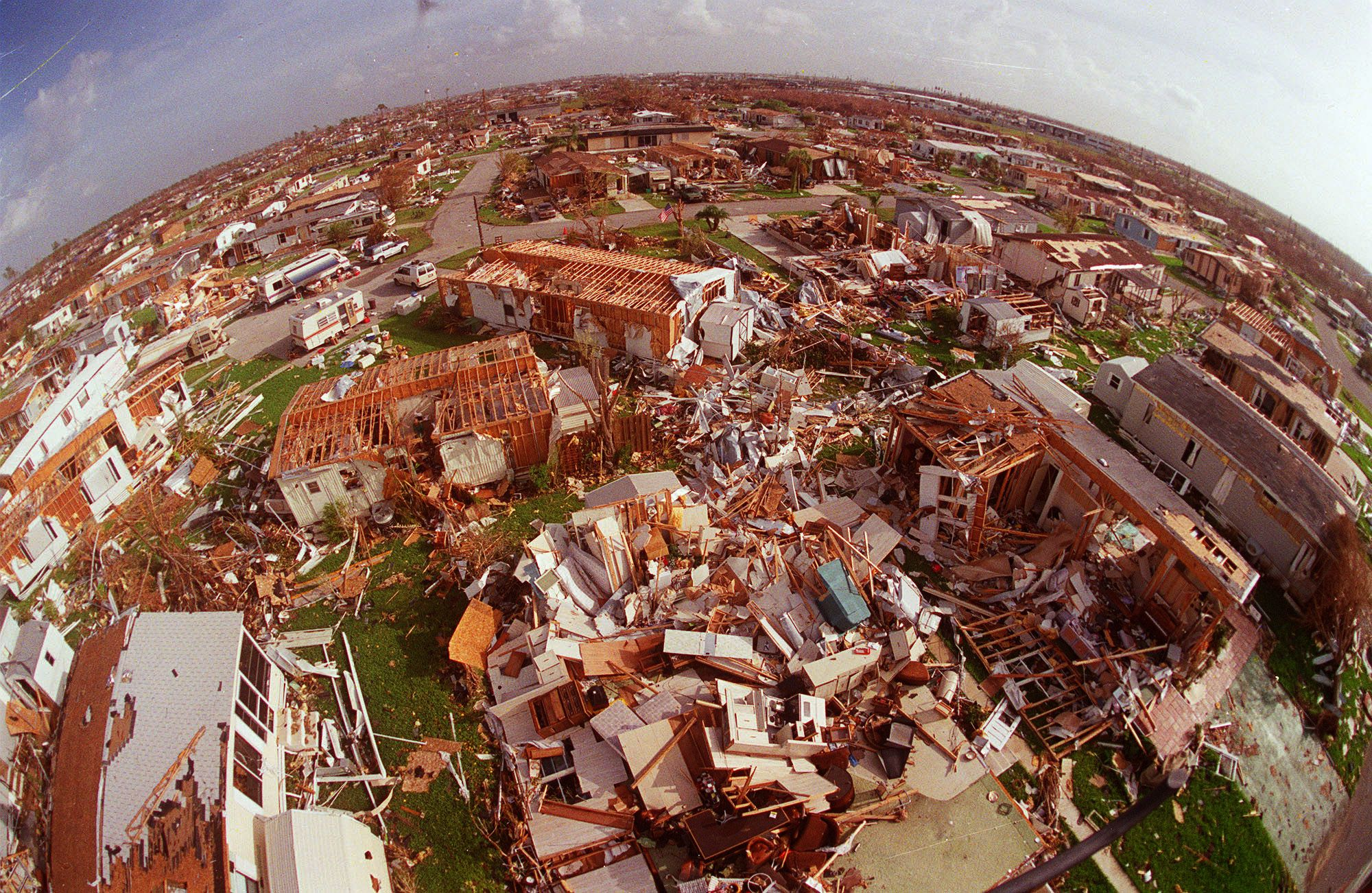 Hurricane Andrew S Legacy Like A Bomb In Florida Hurricane Andrew Florida Hurricane Damage