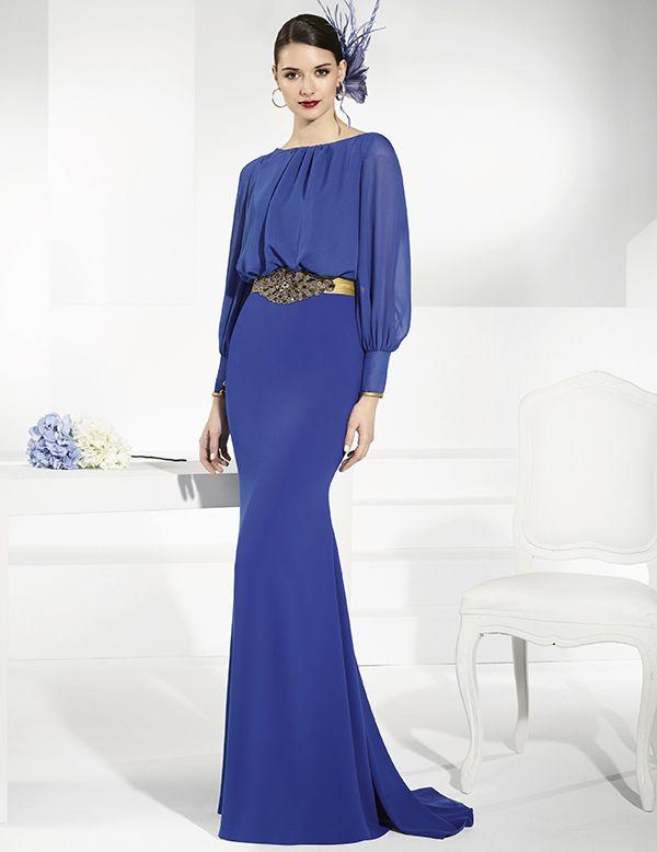 38b030acee Vestidos de fiesta largo azul cobalto. Falda en crep y cuerpo en gasa.