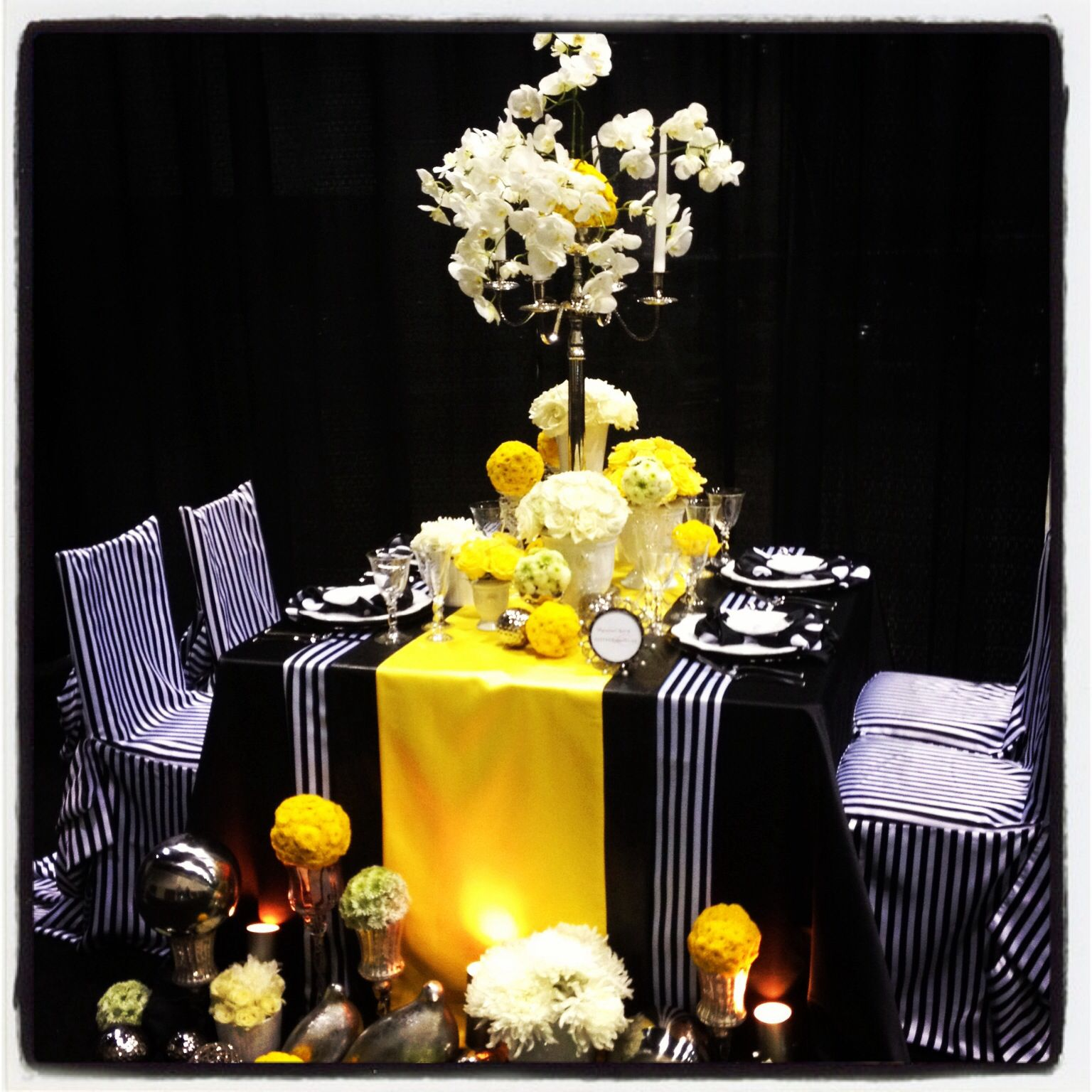 Yellow and black wedding design inspired by the simple and elegant