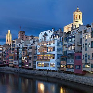 Girona is a city on a human scale with all the charm of a larger city. Take a leisurely stroll through the old town, visit the museums and the historic buildings, wander through the streets and squares, and discover the tourist attractions, festivals, restaurants, cultural events, etc. http://www.girona.cat/turisme/eng/index.php