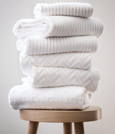 H M Jacquard Patterned Bath Towel 12 99
