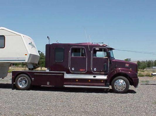 Similiar Peterbilt Camper Conversion | class A campers | Peterbilt