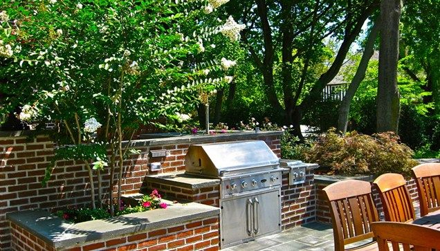 Outdoor Kitchen Made Of Brick And Stone Countertops Liquidscapes - Red stone outdoor kitchen