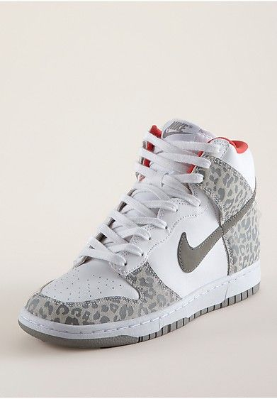 reputable site 7a91f a2b9f Nike Dunk High Skinny Leo