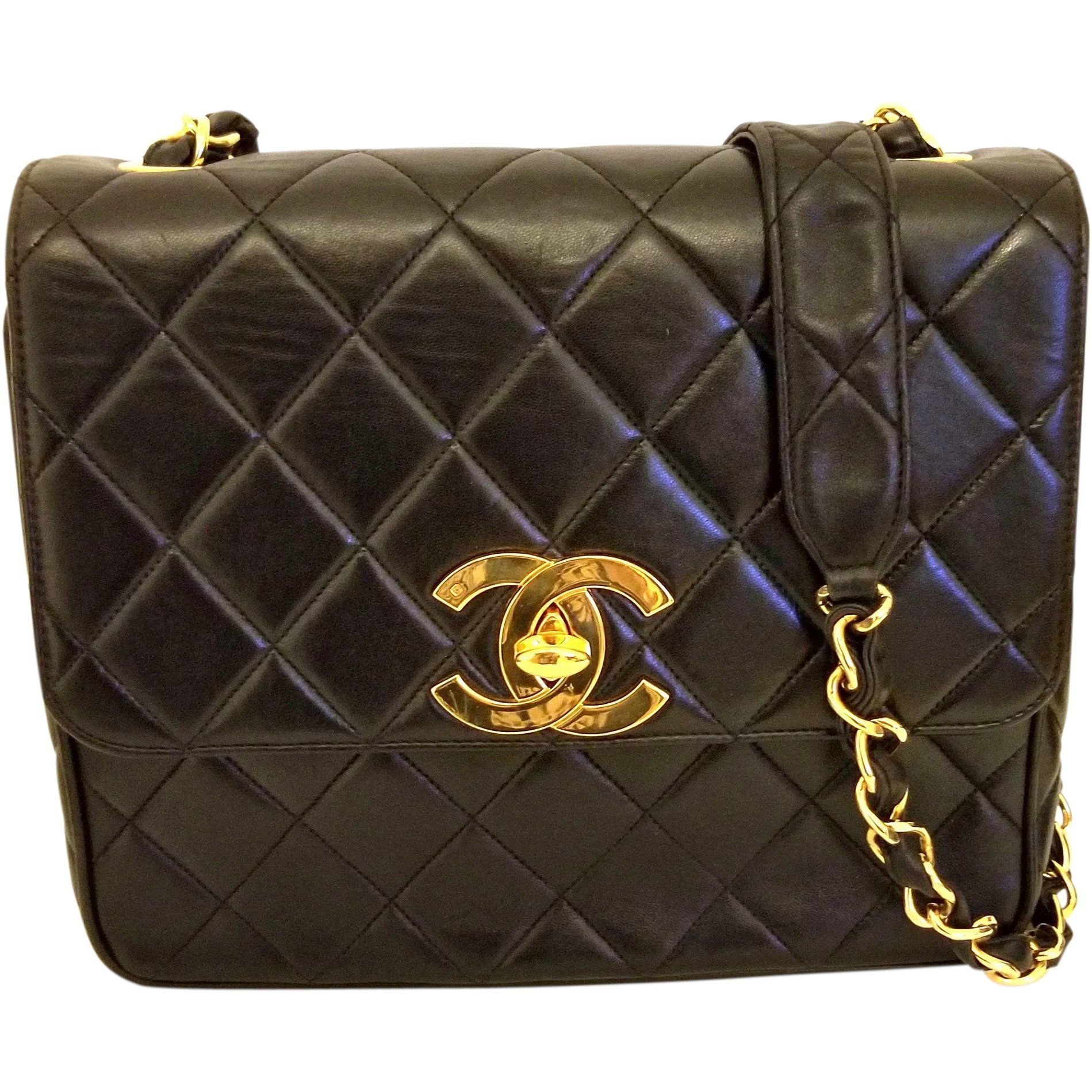 85adc56dfd17 Vintage Chanel Black Lambskin Large CC Shoulder Bag in 2019