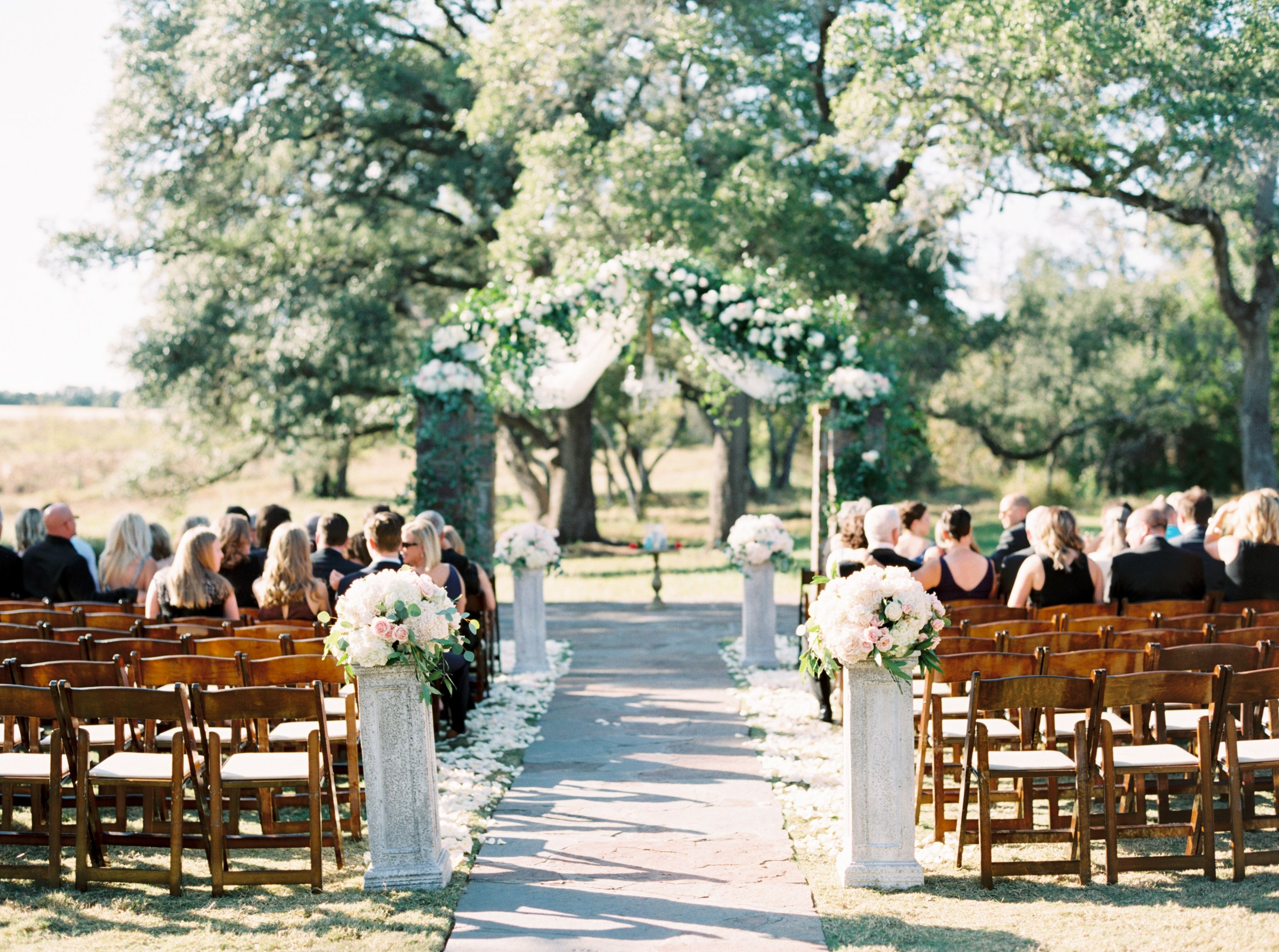 A Fresh Take on Pastels in Texas Hill Country   Wedding ...