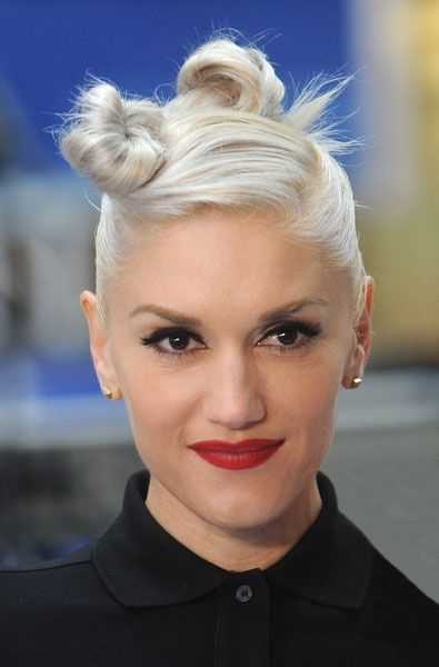 No Doubt Gwen Stefani Gwen Stefani Hair Short Hair Updo Short Hair Styles