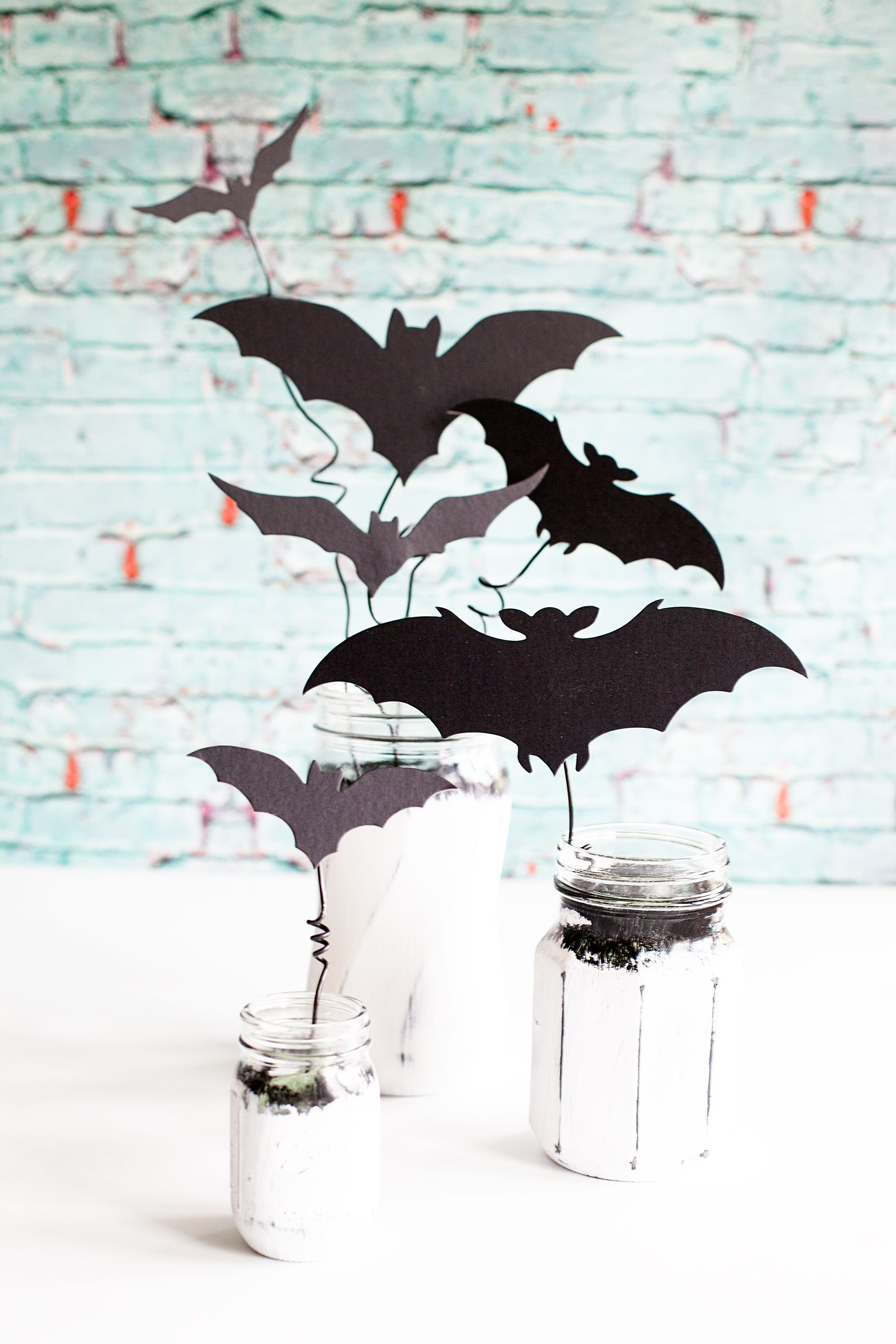Chalky Finish Bat Jars Have Fun Creating Y Decor With These Americana Ball Filled Creepy Bats