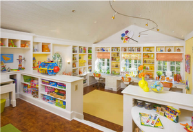 Craft and play room