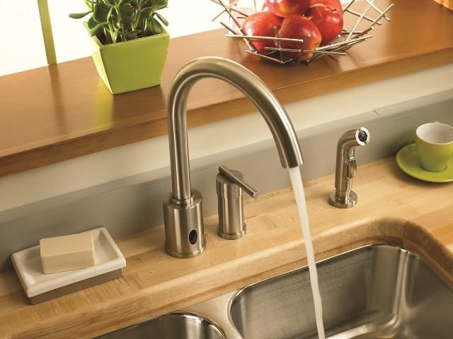A single-handle faucet is easier to operate than a double-handle one ...