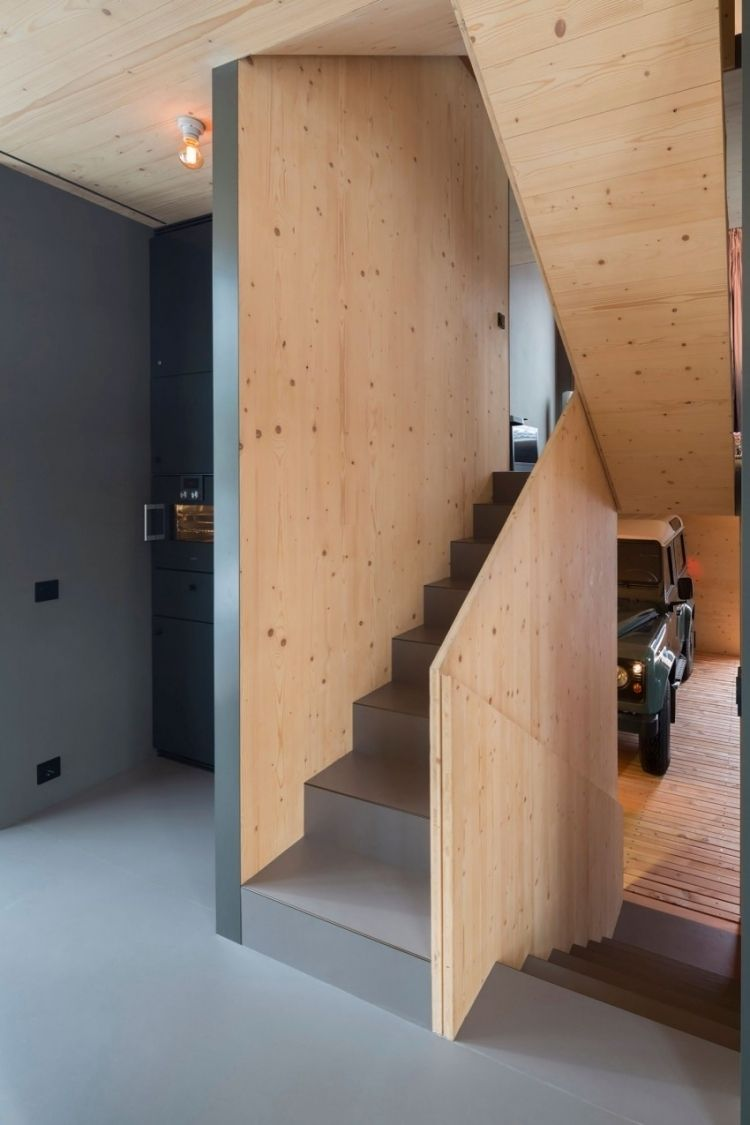 Modernes Wohnen Klein Architektenhaus Treppe Etage Wohnbereich Grau