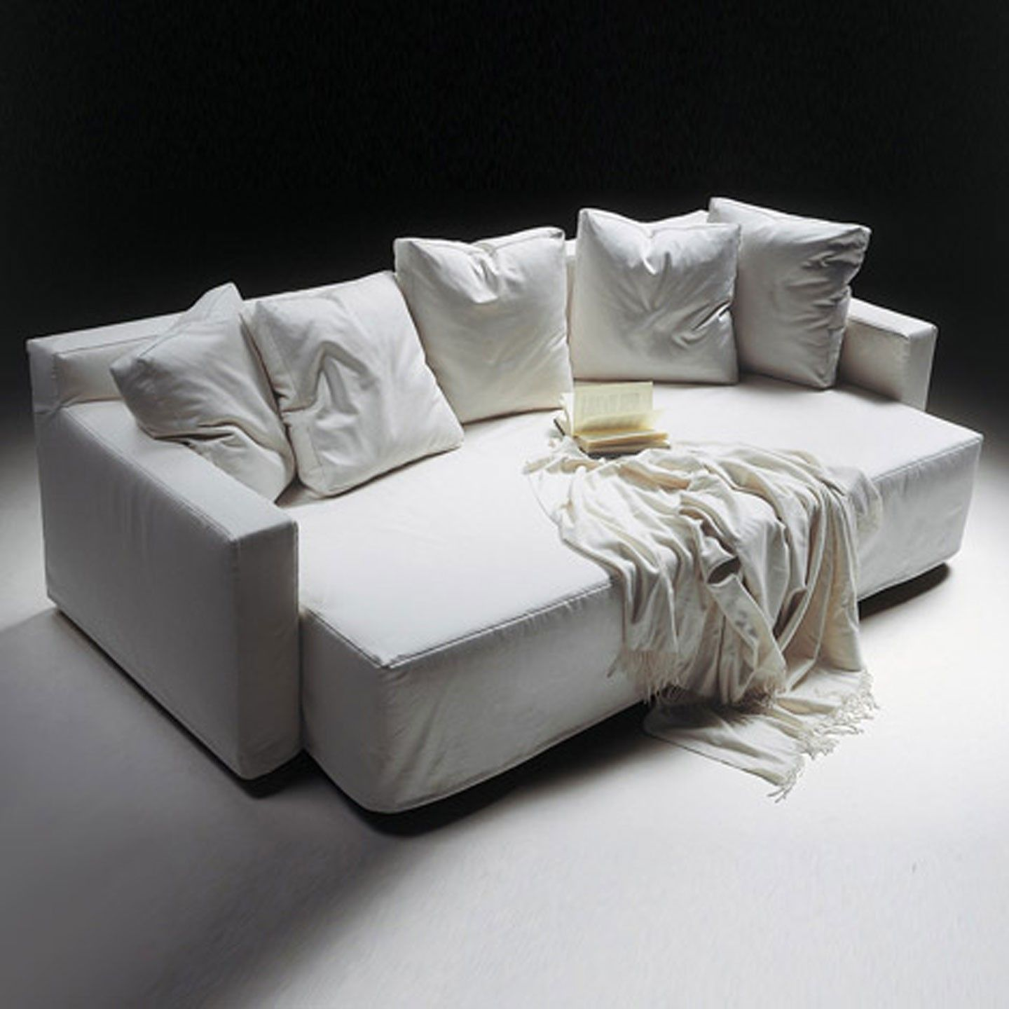 Winny Quatro Sofabed Regular Sofa Slides Out For Extra Deep Sofa