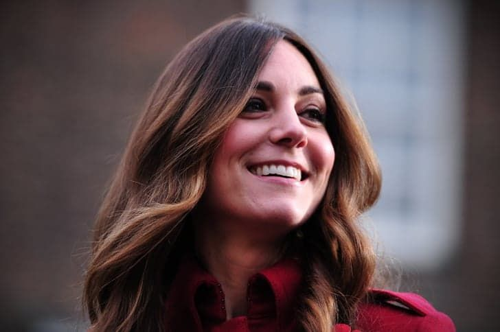 Pin for Later: 5 Easy Tips For Achieving Kate Middleton's Enviable Blowout Hot Rollers Will Make Your Style Last