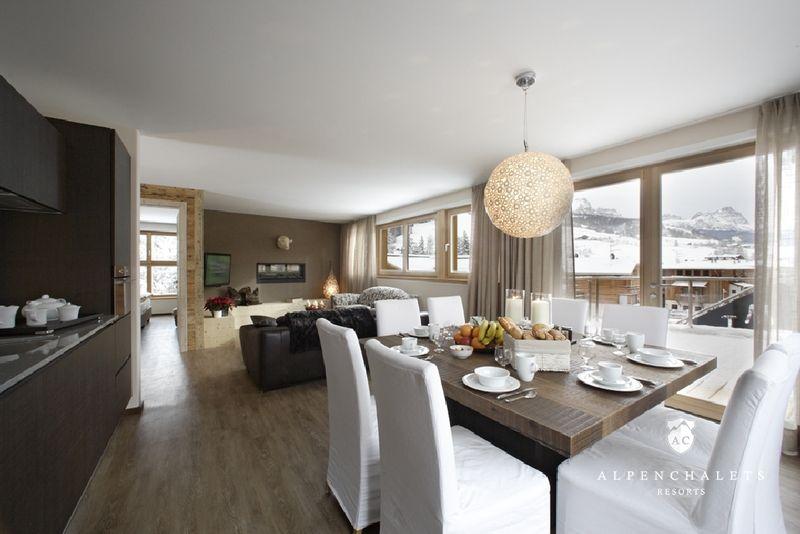 design : offene wohnküche mit wohnzimmer ~ inspirierende bilder, Wohnzimmer design