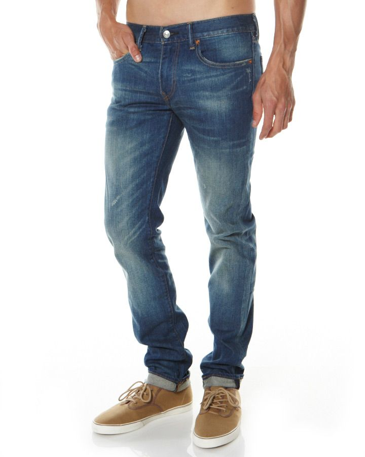 c2101802 Levis 568 - the perfect skinny jean (for men) when worn by long legged  curvy women?! Suits me.