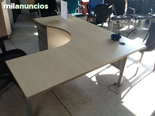 M s de 25 ideas incre bles sobre muebles de oficina usados for Muebles de oficina rusticos