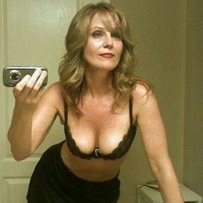 vandemere milf personals Sex worker personals female escorts in vandemere nc 28587 january 29, 2016 - backpage north carolina can i pick up a slut in united states, vandemere nc.
