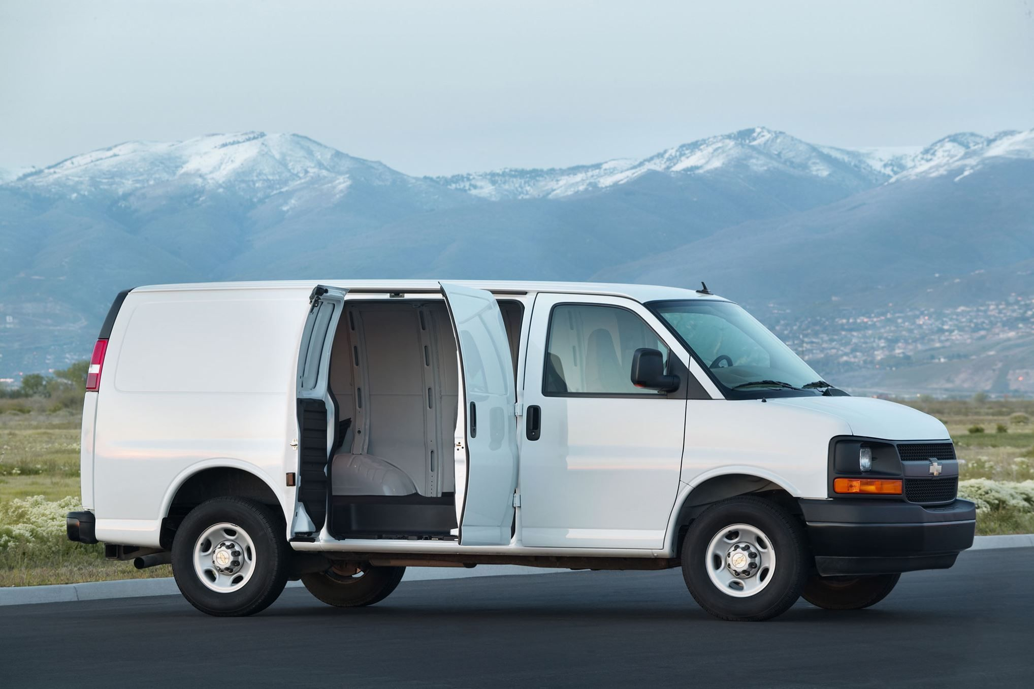 2015 2016 Trucks Suvs And Vans The Ultimate Buyer S Guide