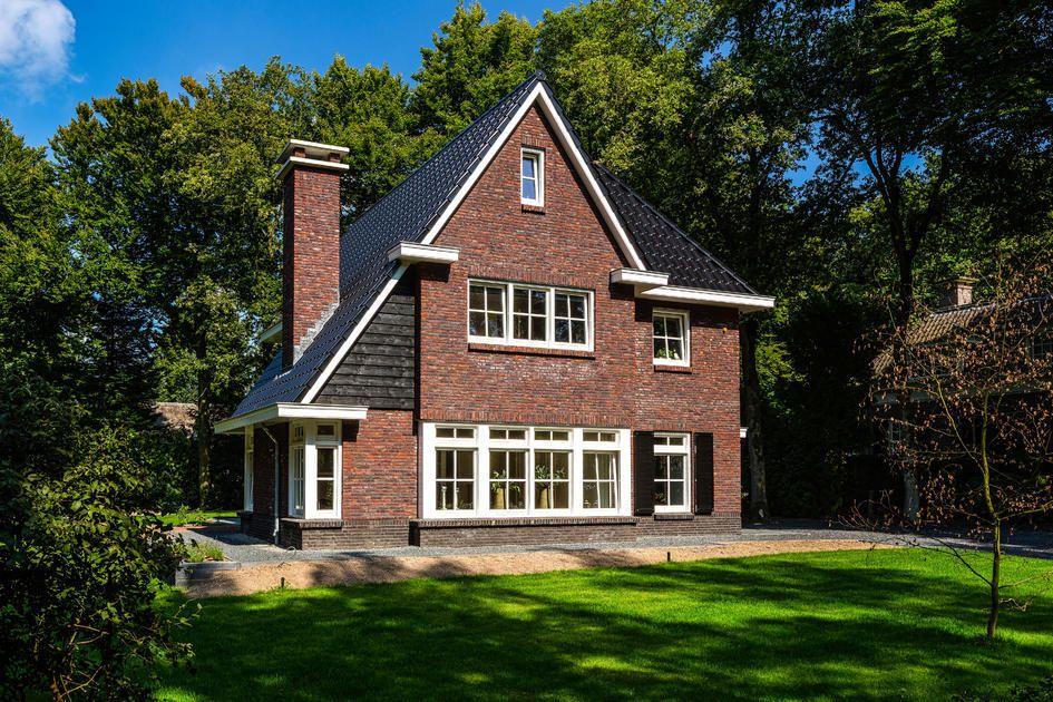 Jaren 30 villa huis ouders pinterest hekwerk tuin for Huizen jaren 30 stijl