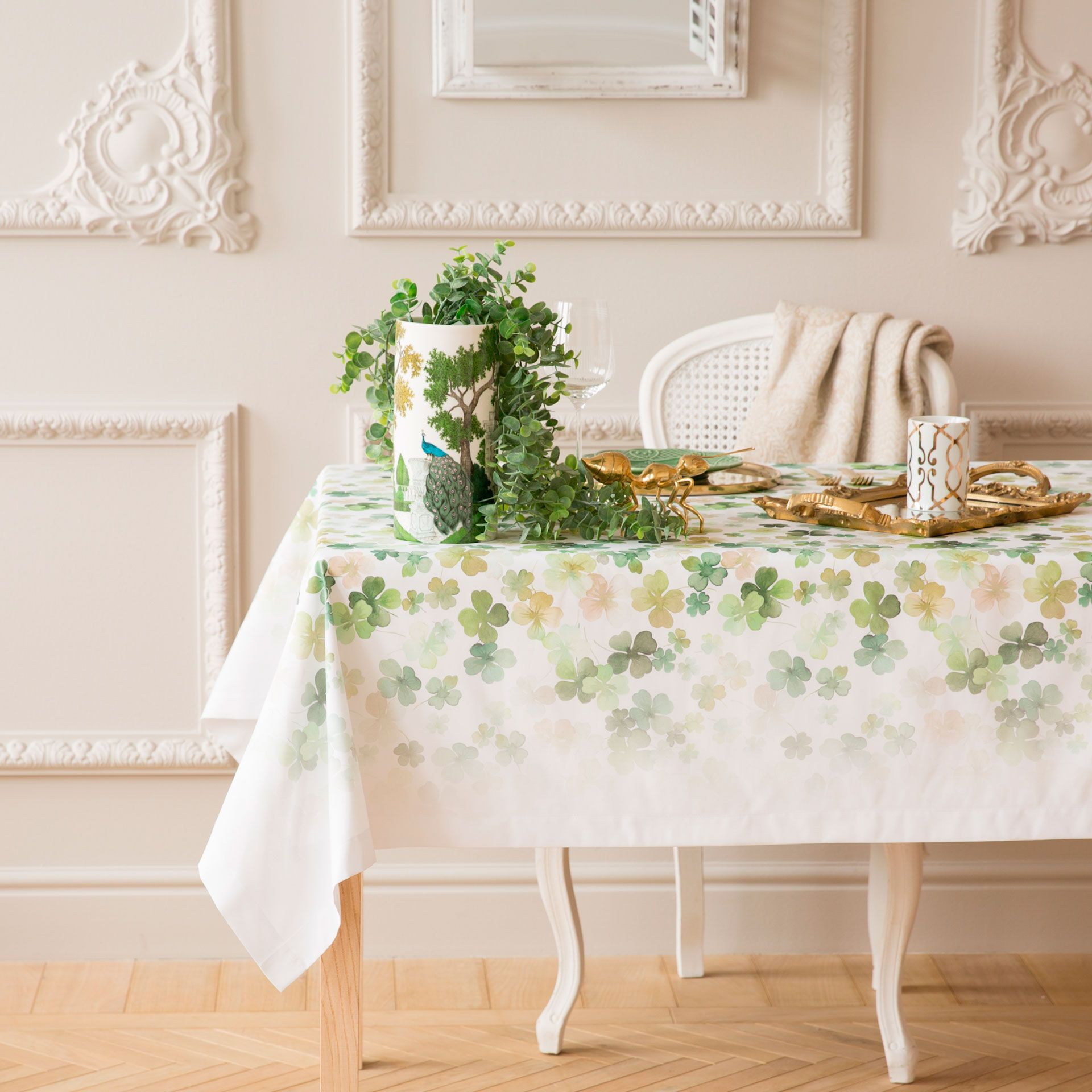Toalha de mesa poli ster estampado trevo toalhas de mesa for Zara home manteles mesa