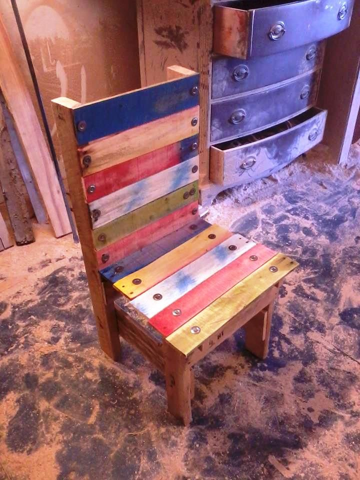 Colorful Pallet Toddler Chair 20 Pallet