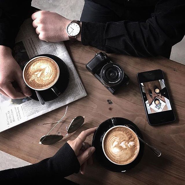 Disfrutar un café en buena compañía. ¡Qué más se puede pedir! ☕️⚜️