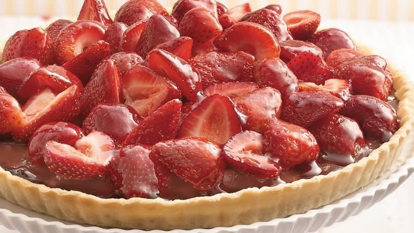 Just three steps and you're ready to serve a stunning berry-chocolate tart. It's so easy with refrigerated pie crust!
