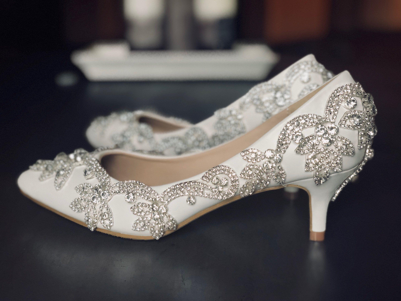 Low heel frozen shoes. Crystal design wedding shoes. Pumps