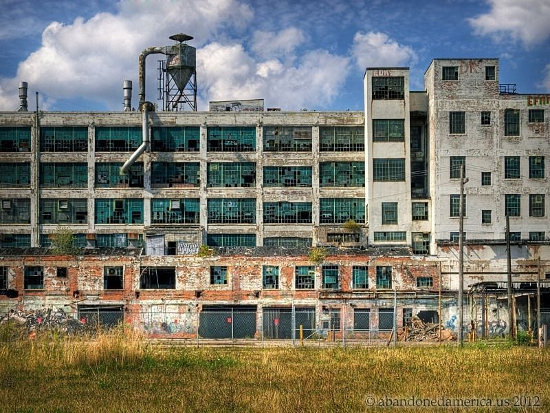 Abandoned fischer auto plant detroit matthew for Abandoned neighborhoods in america