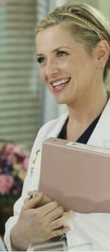 pintag groove on arizona robbins that killer smile | pinterest