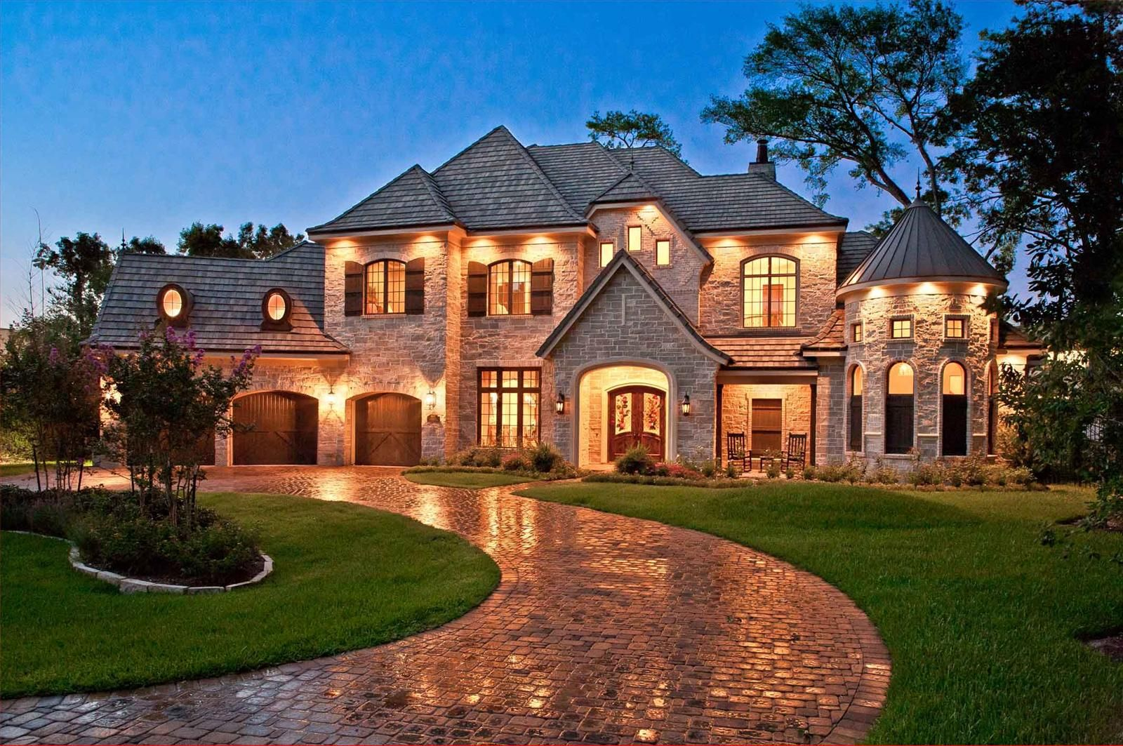 Gorgeous french country house design exterior with large for Home designs exterior styles