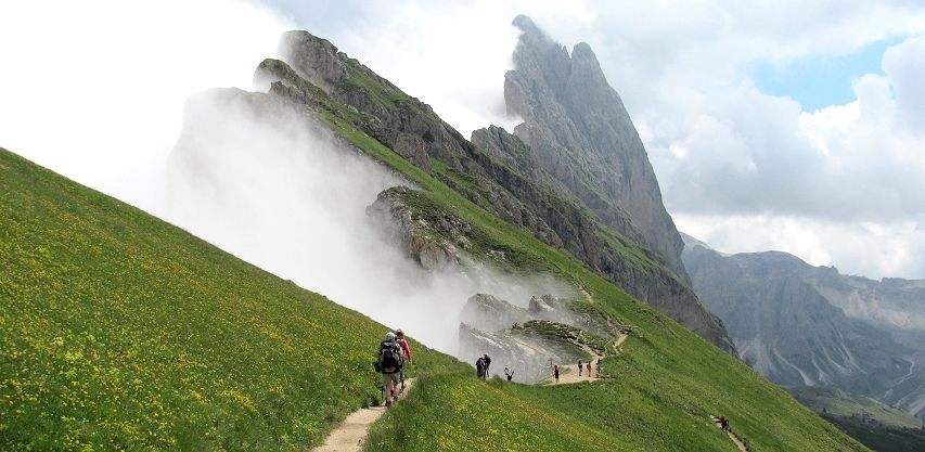 Hiking from Seceda to the Forcella Pana and the Odle ...