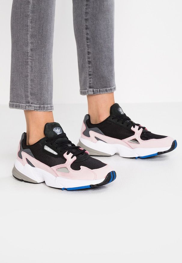 11da4179d98 FALCON - Sneakers laag - core black/light pink | Bought in 2019 ...