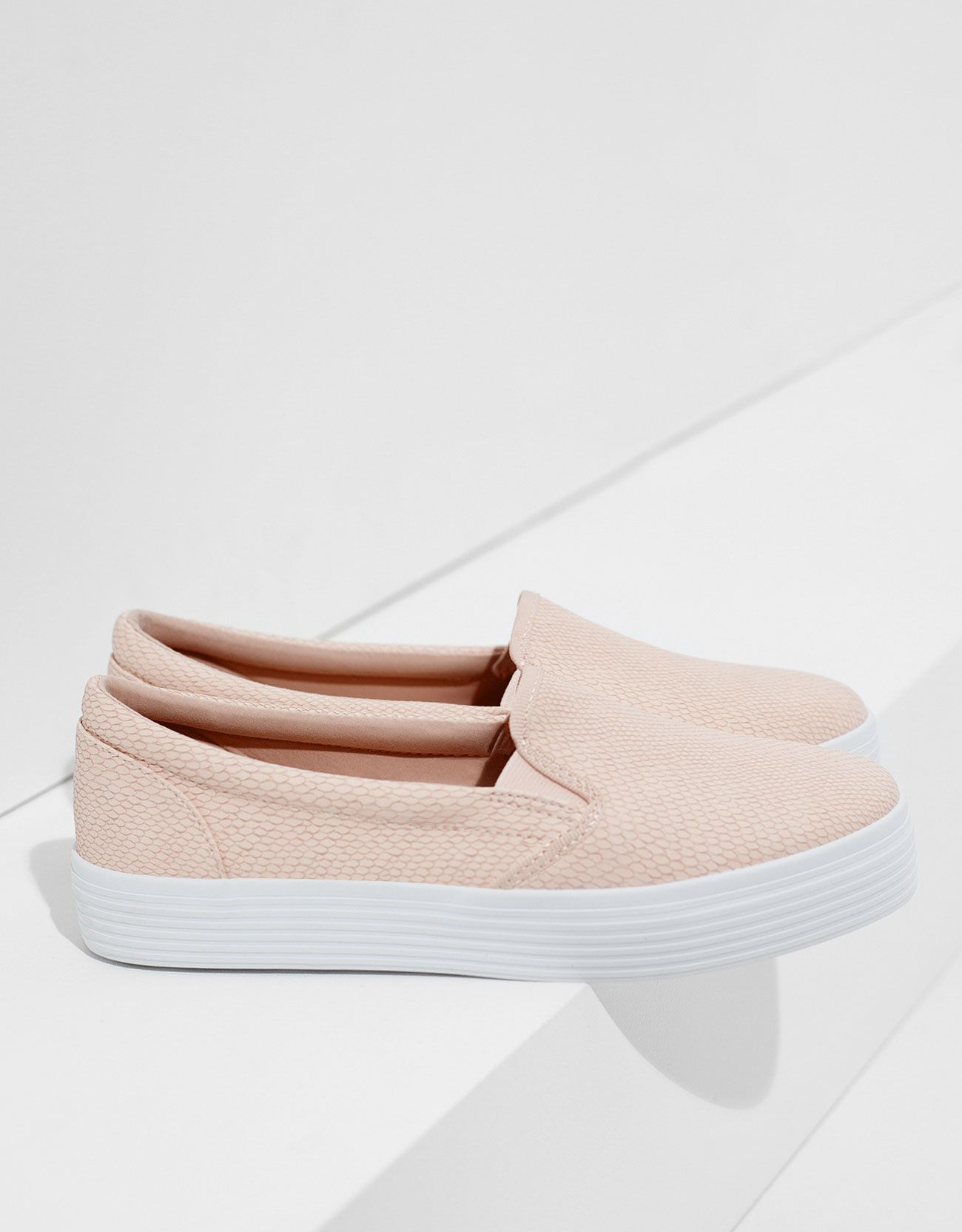 04fb657470 Slip on Bershka - Calçados - Bershka Portugal