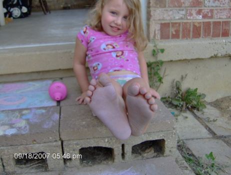 DeviantArt: More Like Kids Feet by photographybymilana ...