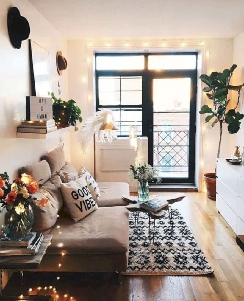 30 Modern Bohemian Living Room Ideas For Small Apartment Homiku Com Small Apartment Living Room College Apartment Decor Living Room Decor Apartment