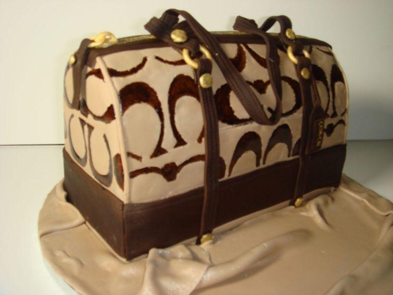 Making a coach purse cake