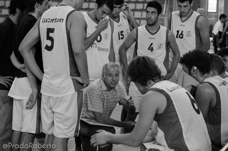 """#Toni Martorell, entrenador del #UALucentum: """"Hemos de conseguir que los periodos de intensidad defensiva se prolonguen durante todo el encuentro"""". #baloncesto #basket #LigaValenciana #EBA #Lucentum #BasquetGandia"""