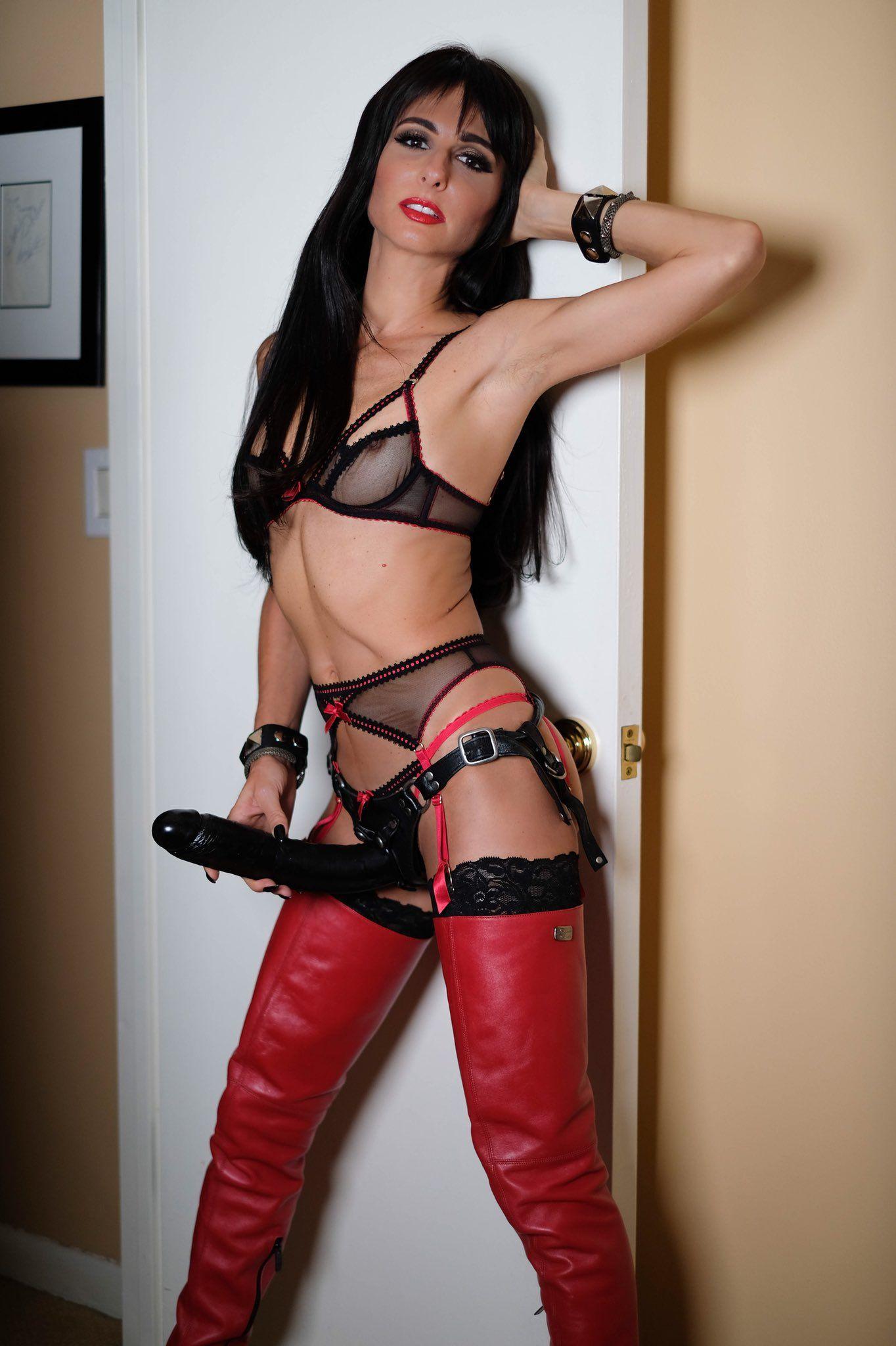 Mistress Adrienne Missadriennenyc Twitter Mit Bildern