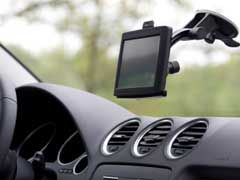 GPS Systems For Cars – In Dash Navigation vs Portable Devices!